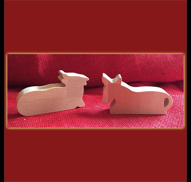 Deko und Accessoires für Weihnachten: Krippenfiguren Kuh und Esel made by Holzspielzeug-Pfeiffer via DaWanda.com #weihnachtenholz