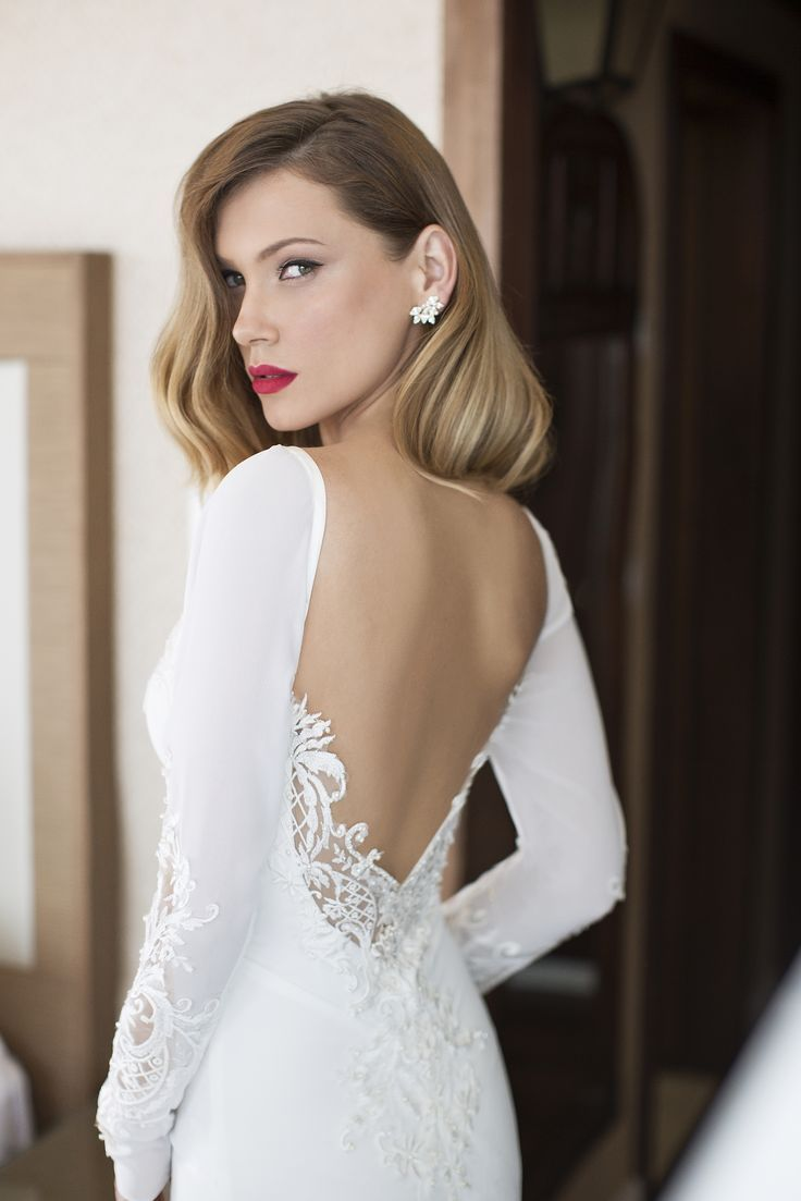 Short bohemian wedding dress  Low u open back with incredible lace detail all we can say is WOW