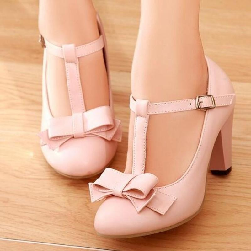 Vintage Kitten Height Heel Shoes T Strap Bar