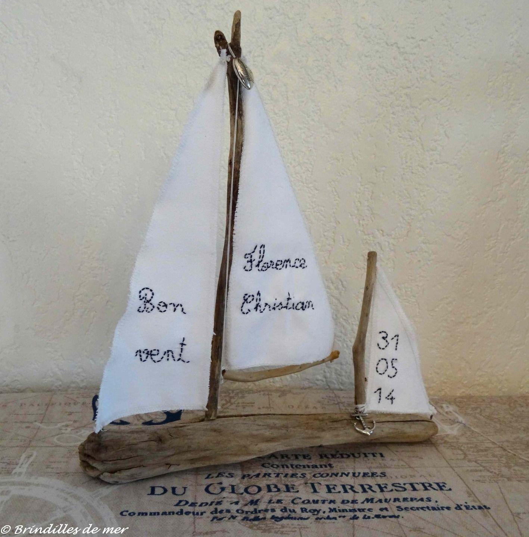 bateau 2 m ts en bois flott personnalisable sur commande. Black Bedroom Furniture Sets. Home Design Ideas