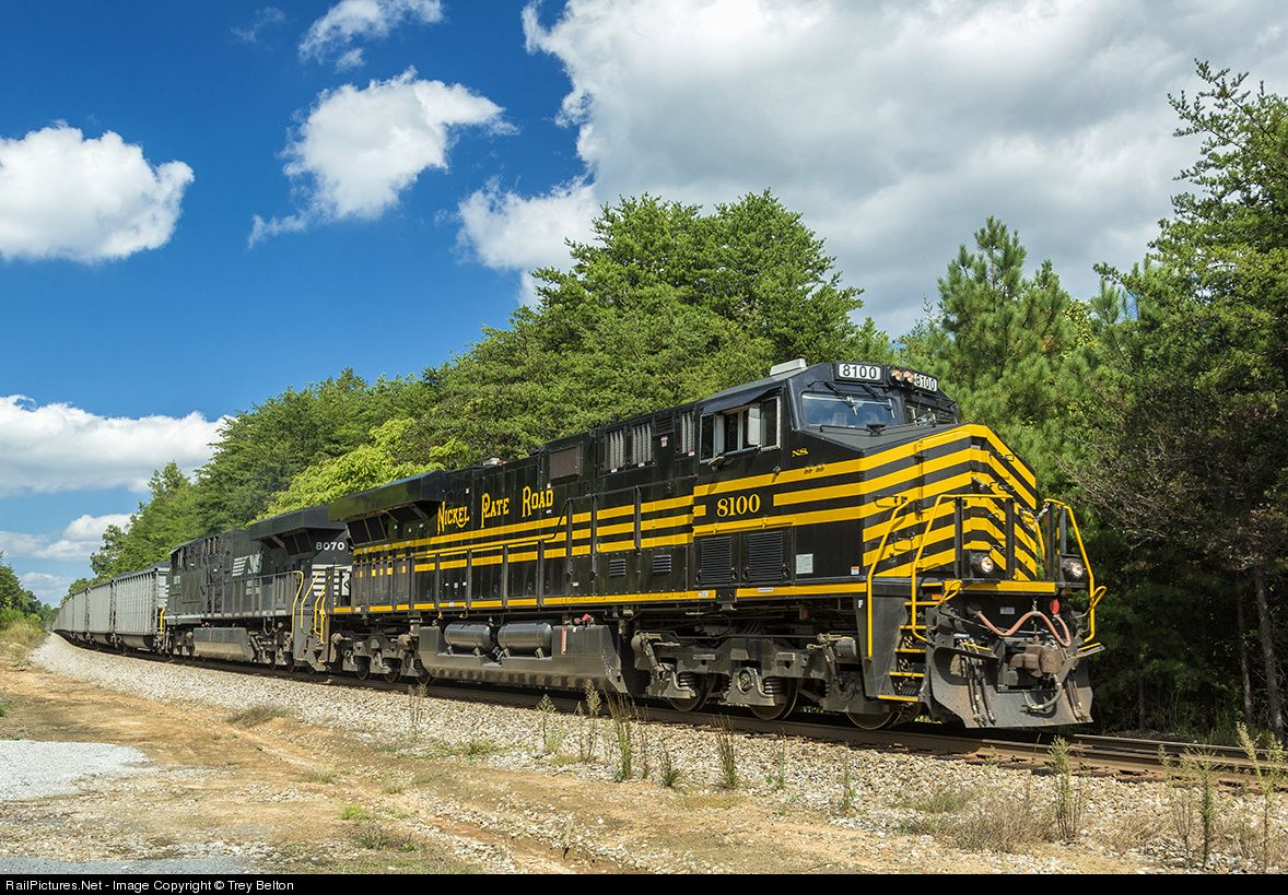 Photo NS 8100 Norfolk Southern GE ES44AC
