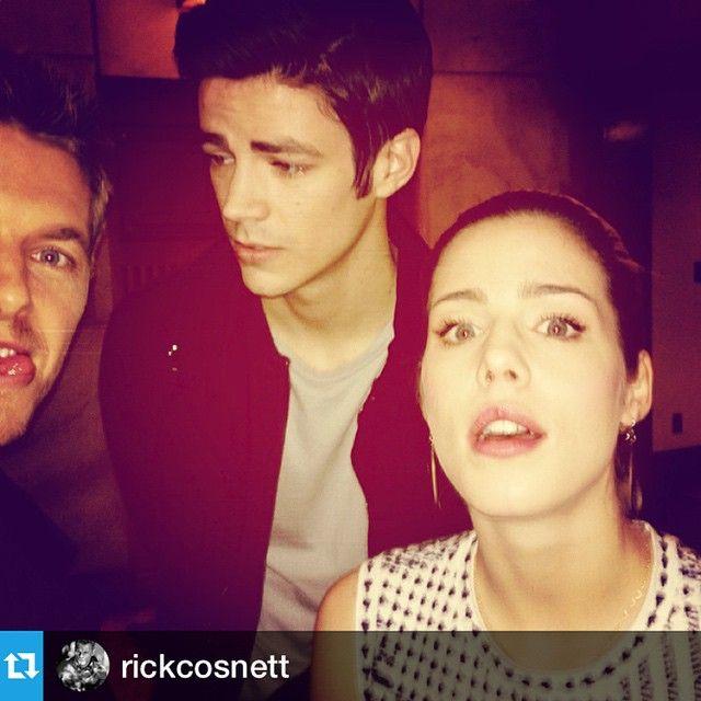 """My acting friends today. They're fun. @rickcosnett @emilybett"""