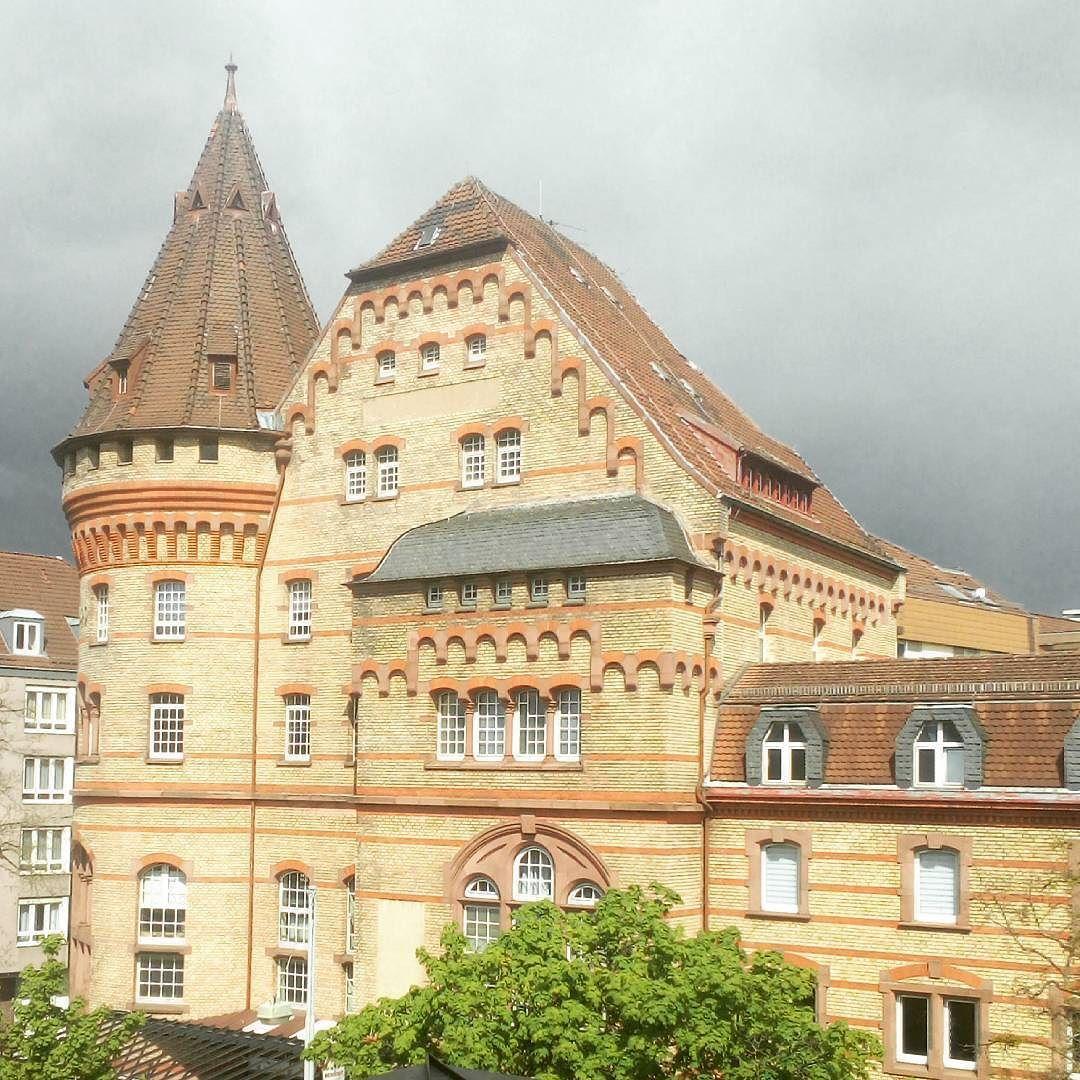 Die alten Gebäude von Karlsruhe.  Hoepfner sei Dank.