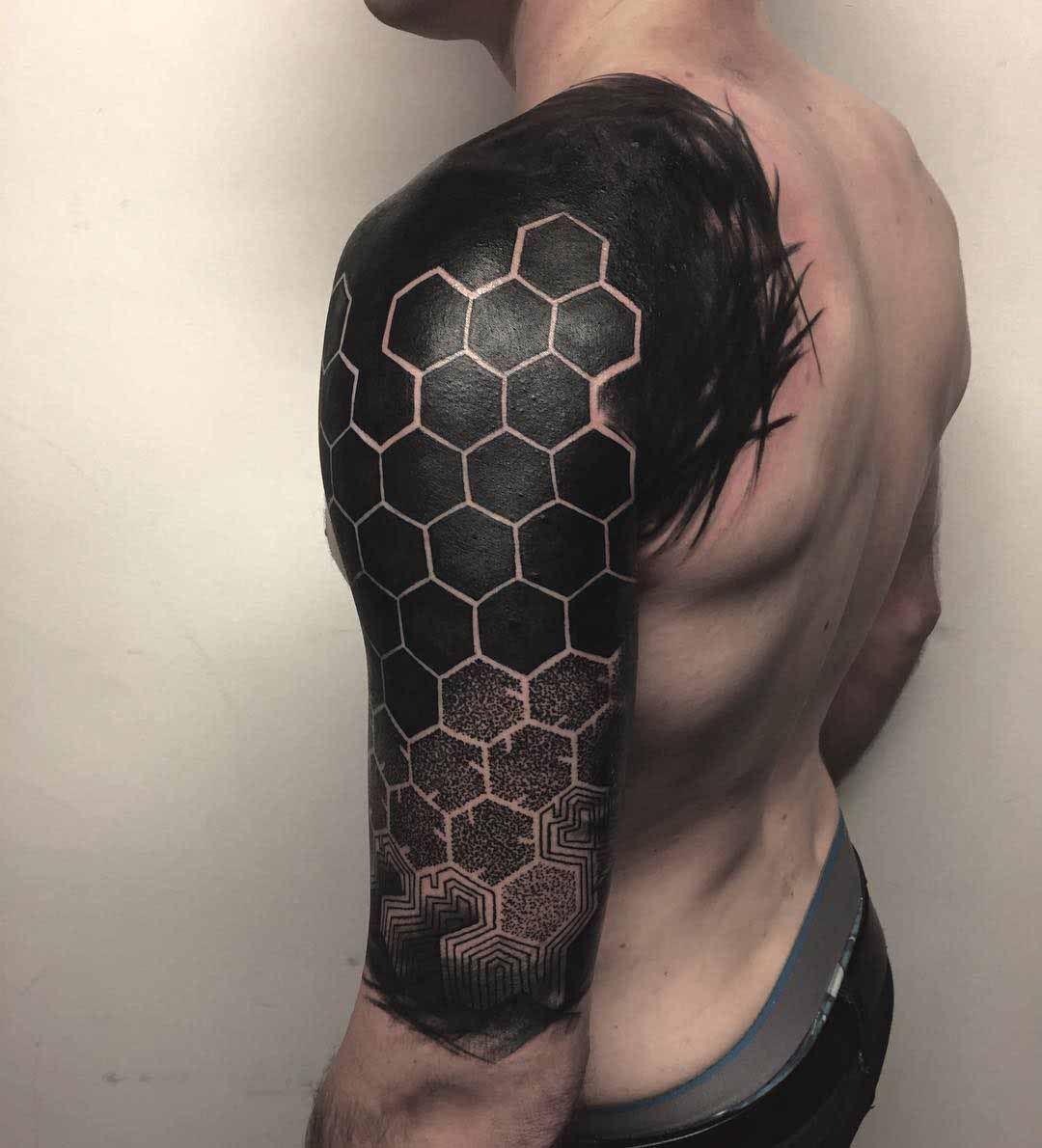 Shoulder Tattoo Blackwork Honeycomb Pattern Marquesan Electronic Circuit Board Full Sleeve Male