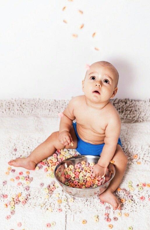 Resultado de imagen para bebes comiendo cereales