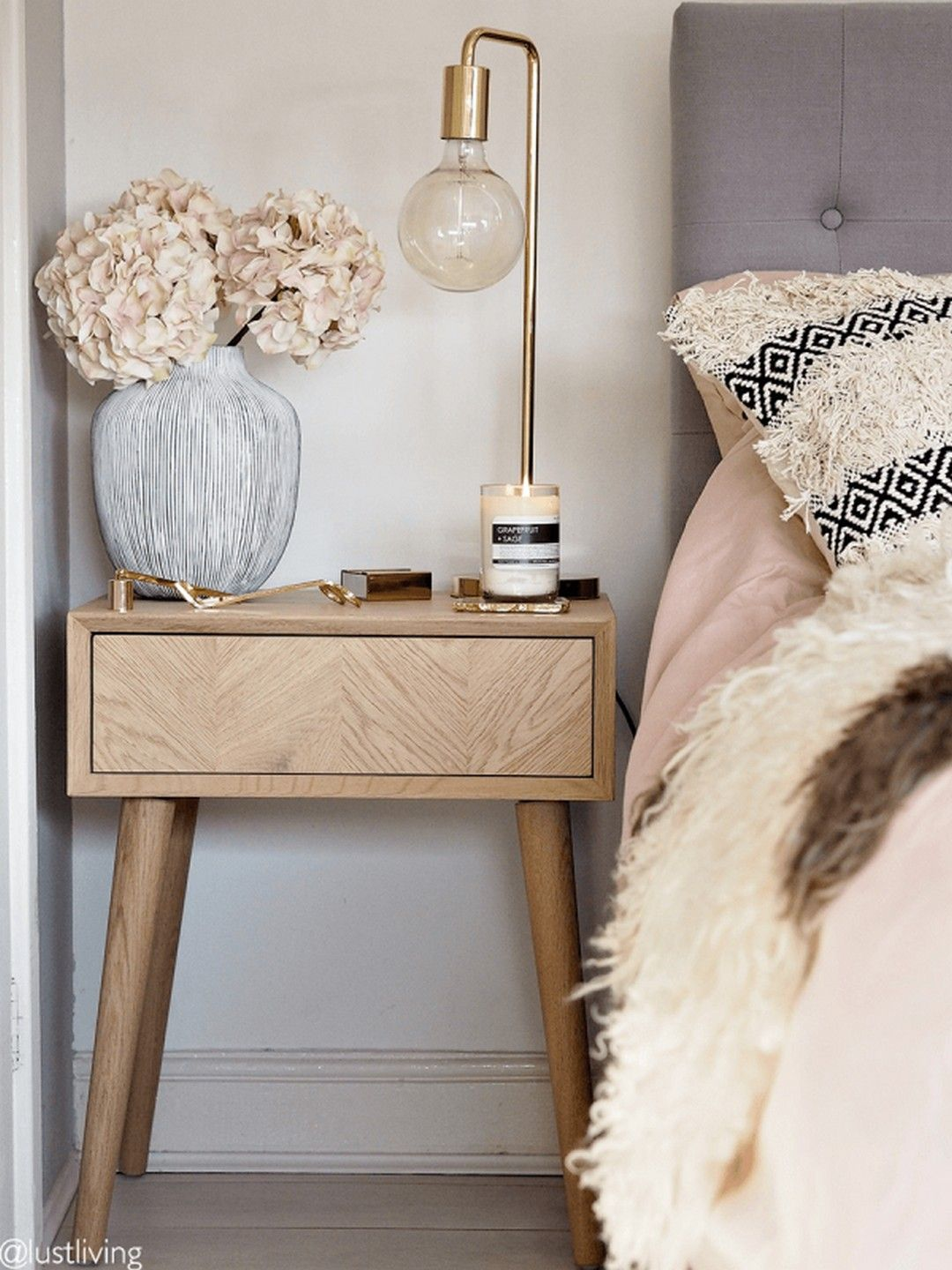 49 Spring Tour Ideas On How To Style Your Bedside Table Side Table Decor Bedroom Side Table Decor Side Table Decor Living Room
