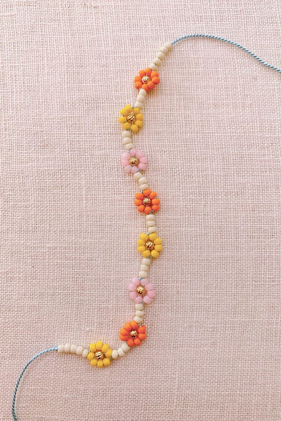 DIY Beaded Daisy Chain Bracelet