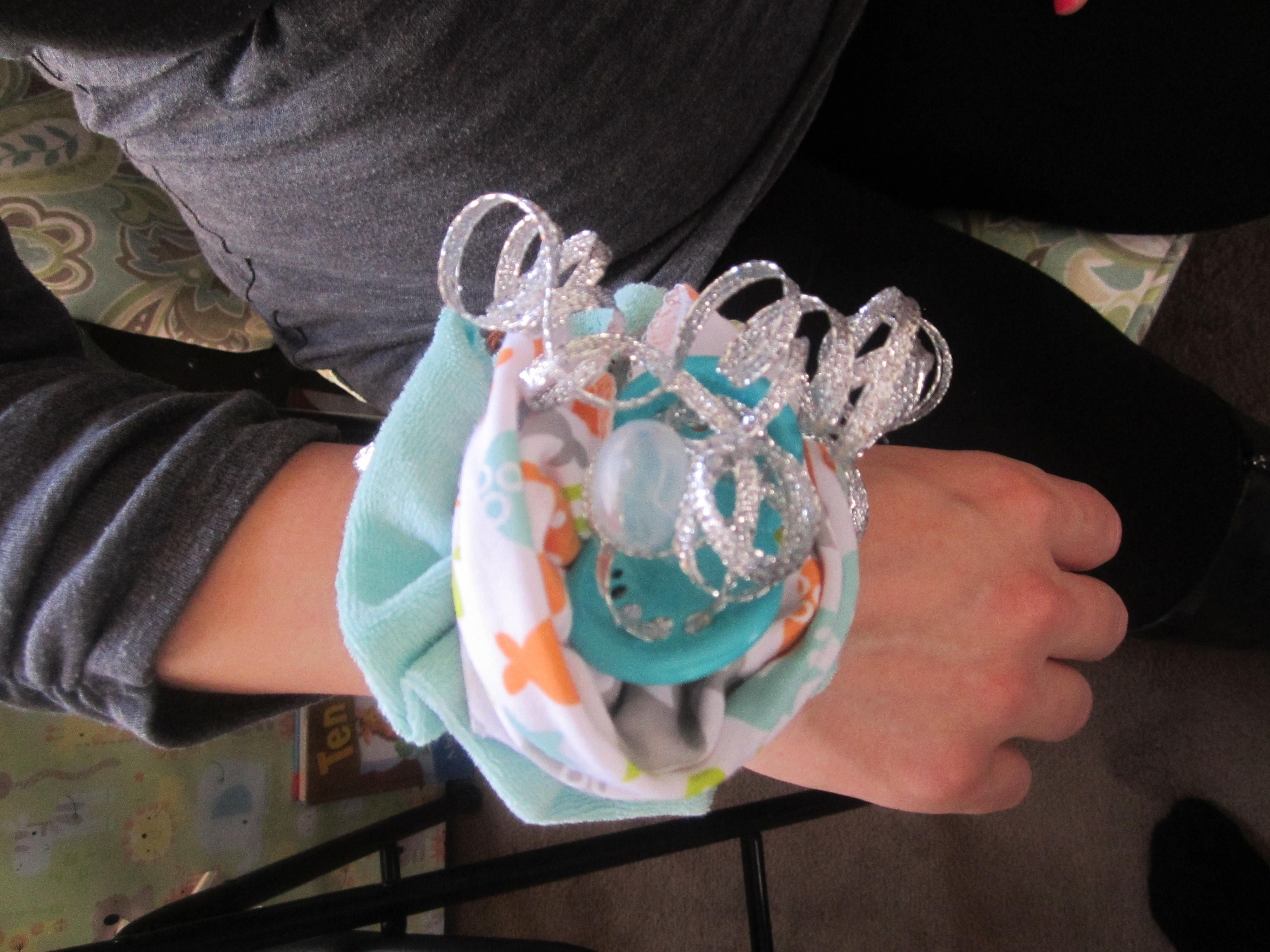 Wrist Corsage For Baby Shower Using Pacifier 2 Baby Washcloths