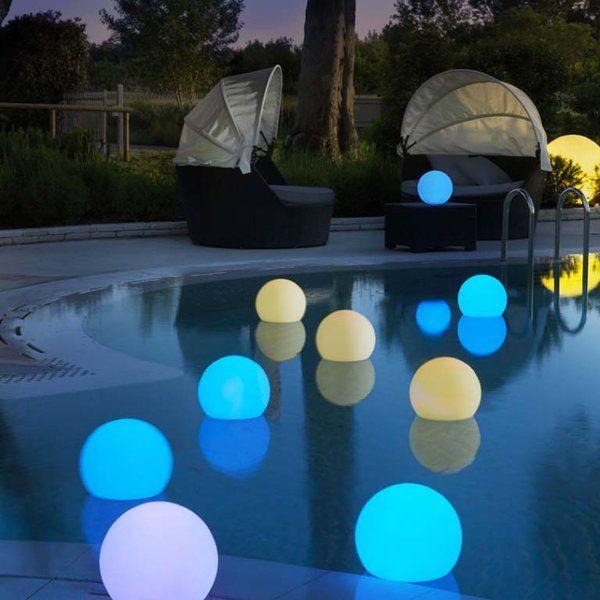 14 ideas para iluminar el jardín Luz tenue, Por la noche y La piscina