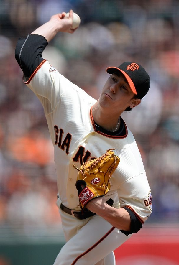 SAN FRANCISCO, CA - JULY 28: Tim Lincecum #55 of the San Francisco Giants pitches against the Chicago Cubs at AT Park on July 28, 2013 in San Francisco, California. (Photo by Thearon W. Henderson/Getty Images)