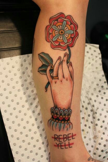 Pin By Camille On Tatts Traditional Hand Tattoo Tattoos Hand Tattoos