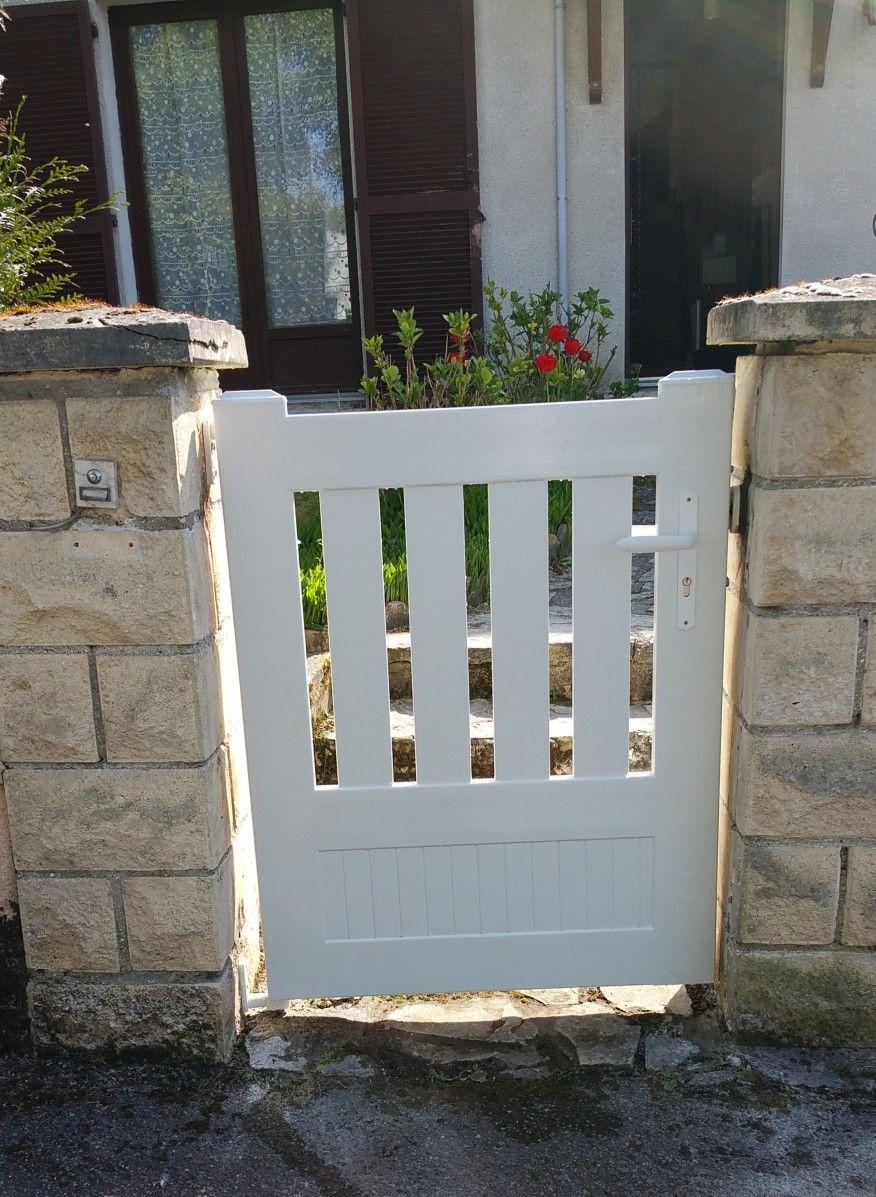 Pose de portails, portillon et clôture en PVC, secteur ...