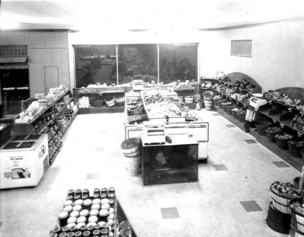 First Publix super market Winter Haven, Florida, 1940