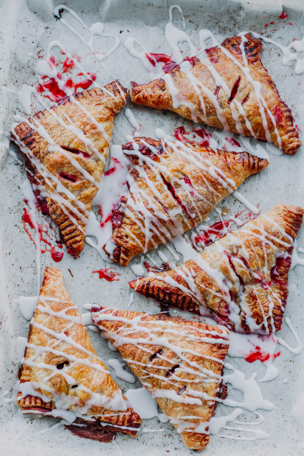 BOMB AF Puff Pastry Berry Hand Pies #frozenpuffpastry