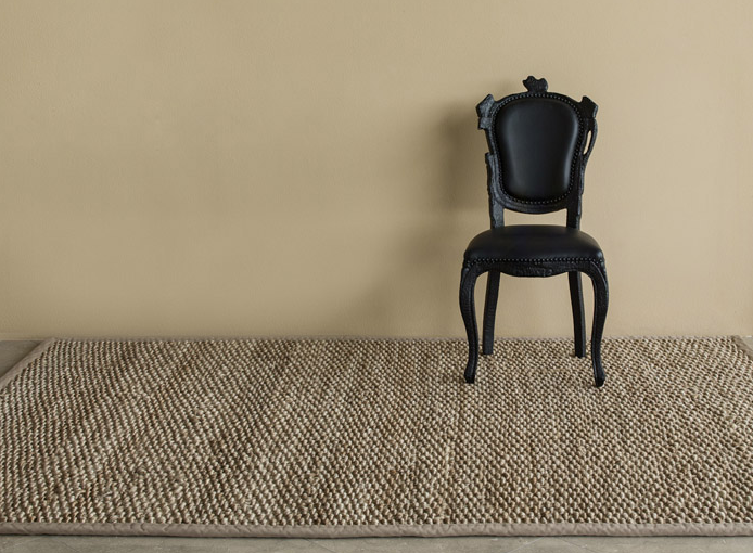 FIJI JUTE Fiji Jute is a popular, chunky jute weave that makes a bold statement in any setting. Similar to our Premium Bali Weave, Fiji Jute is available for wall to wall installation as well as custom size rugs.