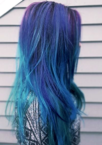 LOVIN her blue/turquoise with a lil bit of purple color on her roots!!!! ღ❤ღ