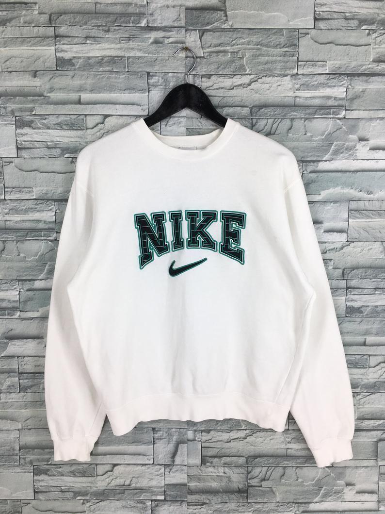 Vintage Nike Sweatshirt Pullover White Medium 90 S Nike Etsy In 2020 Vintage Nike Sweatshirt Vintage Hoodies Pullover Sweatshirts