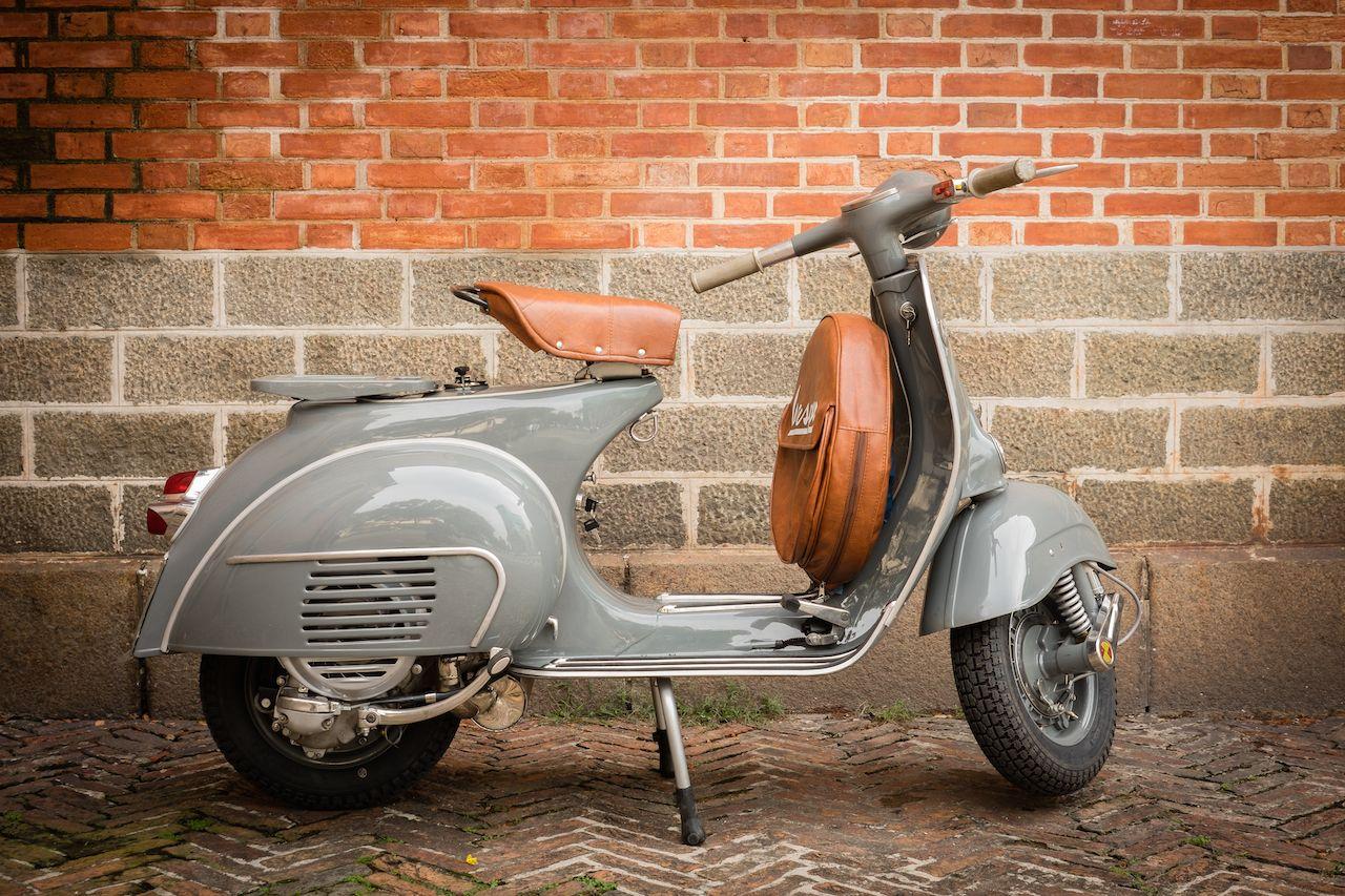 Old School Vespa Scooter Vespa Graziella Old School Vespa Vespa