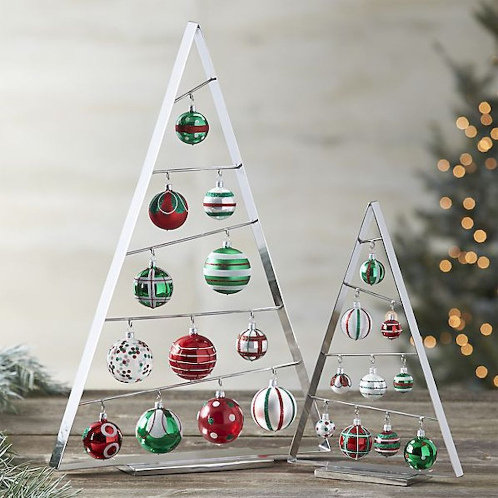 50 Stunning Modern Christmas Tree Decorations 37 Christmas Decorations Christmas Ornaments Metal Christmas Tree