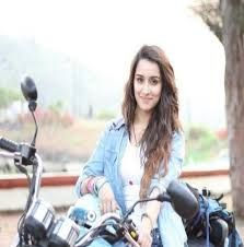 Image Result For Shraddha Kapoor In Galliyan Song With Butterfly