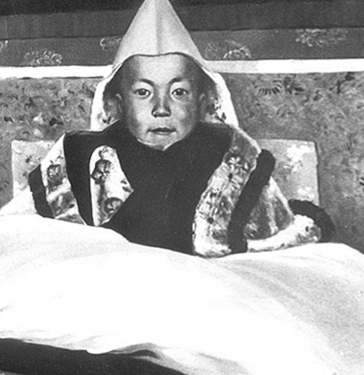 Dalai Lama In Frankfurt Kurze Biographie Des Dalai Lama