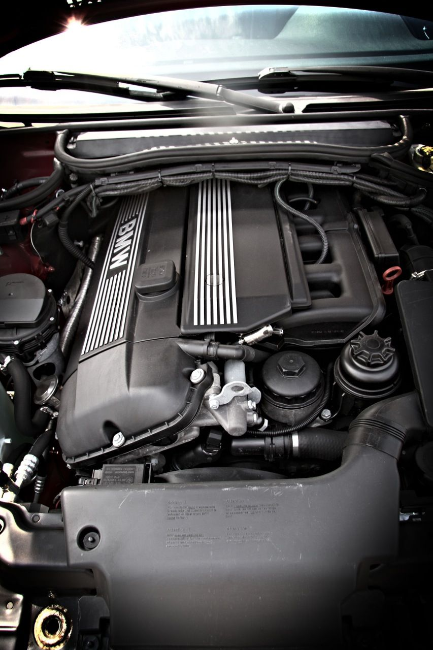 Bmw E46 325ci Coupe Engine Bay With Images Bmw Bmw 3 Series