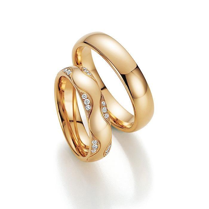 Trauringe zum Bestpreis! Sollten Sie diese original Fischer-Trauringe (aus Pforzheim) zu einem niedrigeren Preis gefunden haben passen wir unser Angebot an. Senden Sie uns eine kurze eMail mit dem Link und Sie erhalten unser Angebot in Kürze! Änderungswünsche? Sie möchten nur einen Ring bestellen? Sie mögen eine andere Oberfläche? Sie möchten andere oder keine Diamanten? Sie haben einen anderen Wunsch? Rufen Sie uns an, wir machen Ihre Wünsche gerne möglich!☎ 0 211 - 54 47 26 26