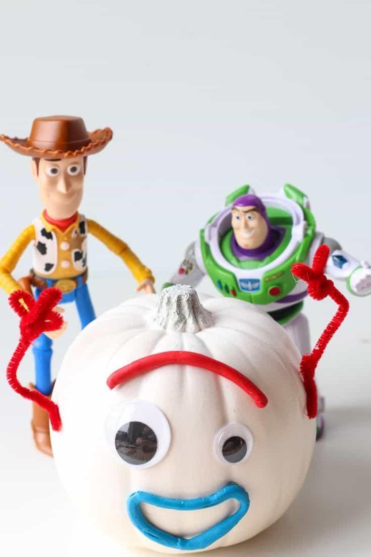 DIY Toy Story 4 Forky Pumpkin - The Farm Girl Gabs
