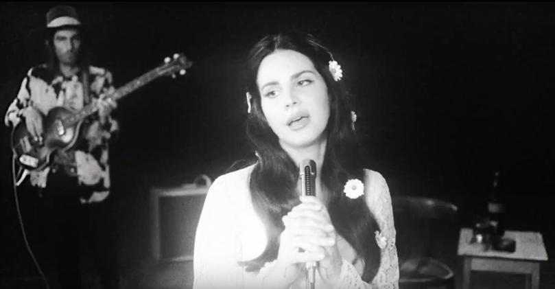 +++Lana Del Rey - Love+++ Lana Del Rey è sempre suadentemente giovane e meravigliosa, vero? Sì, più o meno: vi spieghiamo perché con dovizia di particolari. http://hvsr.net/a/20170226-859332