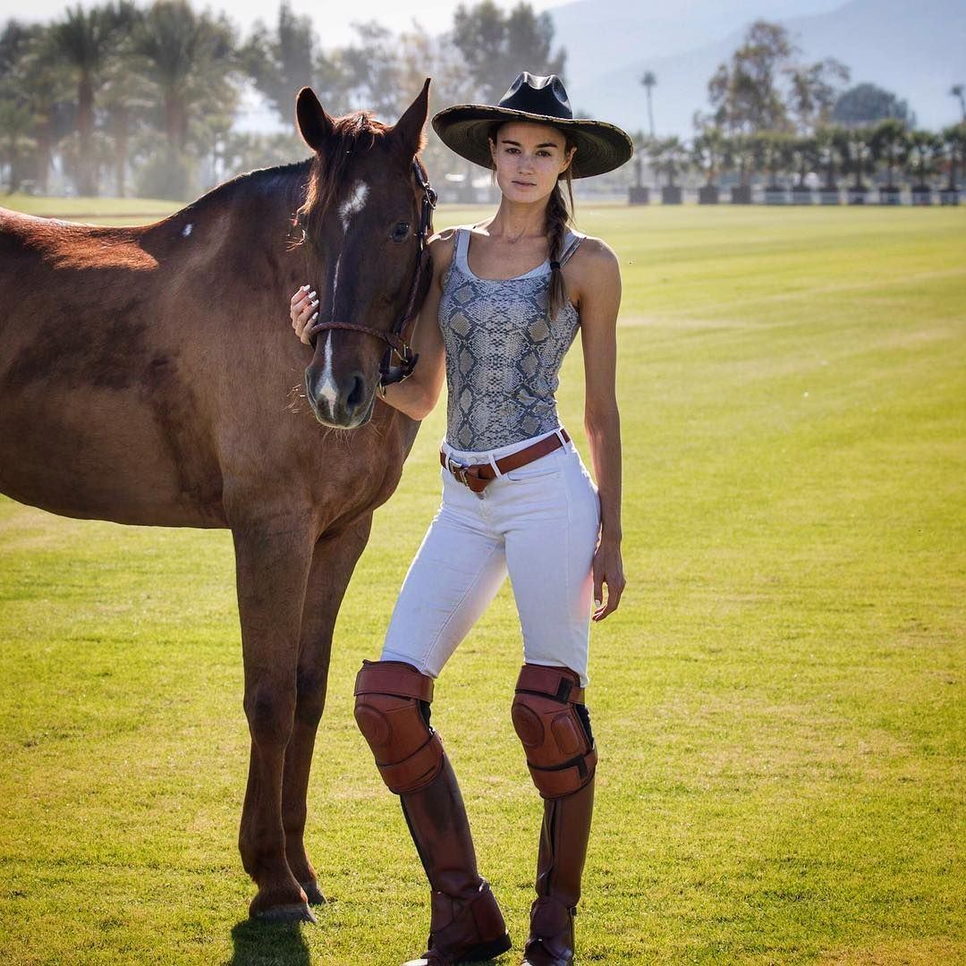 Fantasy Hq Dani Daniels In Rodeo Queen