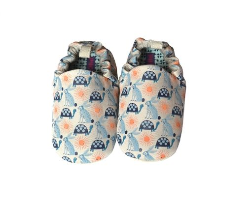 Poco Babyzimmer ~ Poco nido hare and tortoise print baby shoes little ones