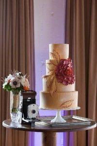 Gatsby Themed Wedding Decor: The Wedding Cake