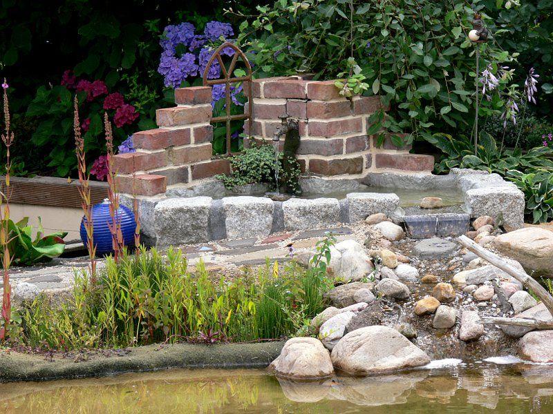 Brunnenruine Mit Becken Und Bachlauf Bauanleitung Zum Selber Bauen Bachlauf Garten Teich Wasserfall