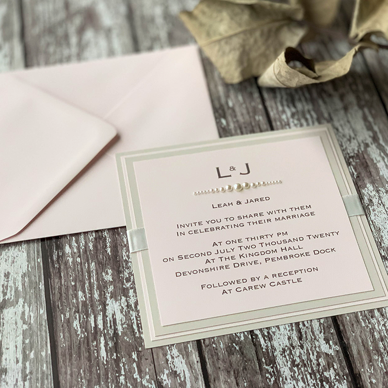 Wedding Invitations Pink Wedding Invitations Weddinginvitations Elegant Diy Wedding Invitations In Blush Pink Learn How To Make Your Own Wedding Invitations En 2020