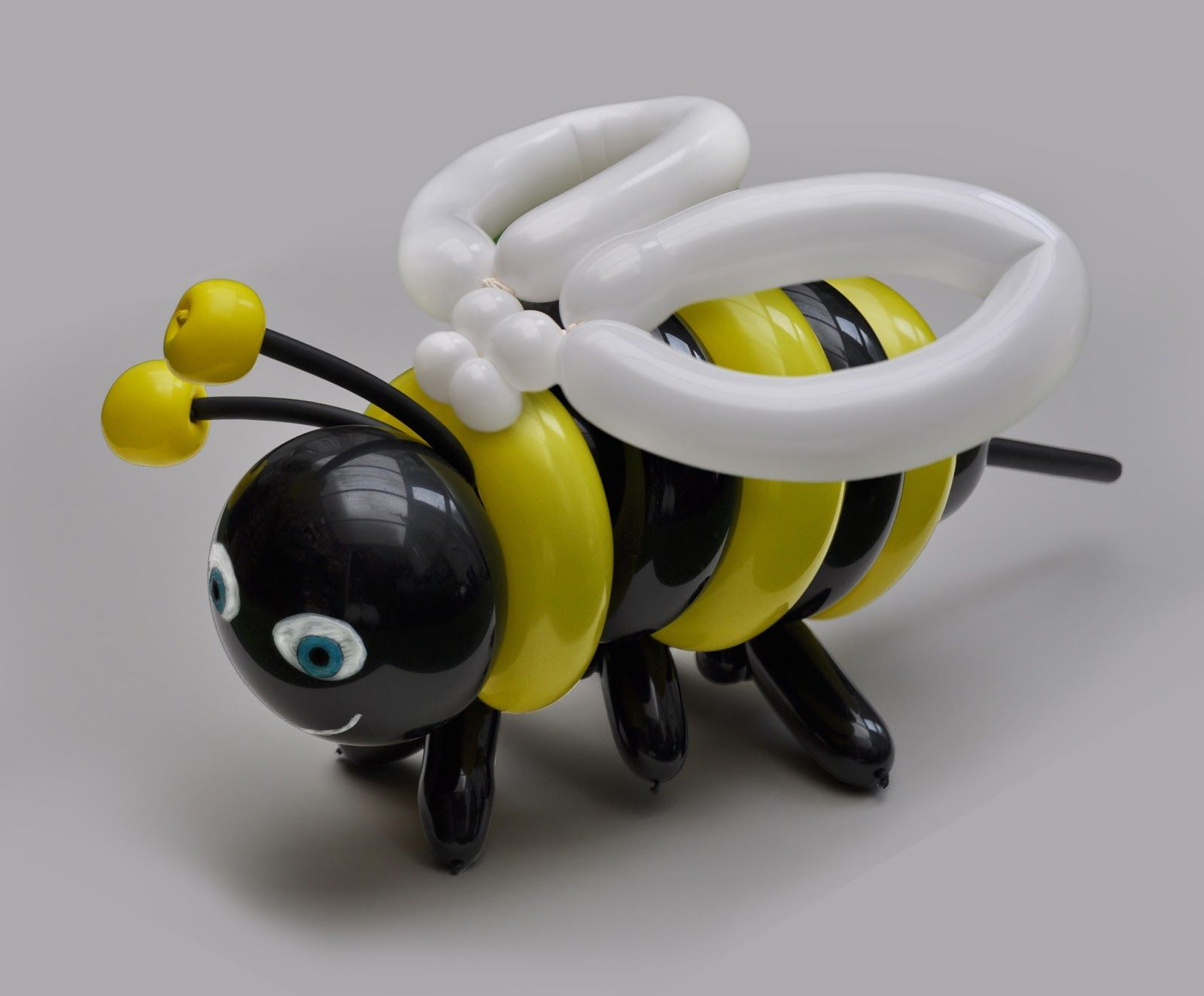 My Daily Balloon: 9th April - Bumblebee
