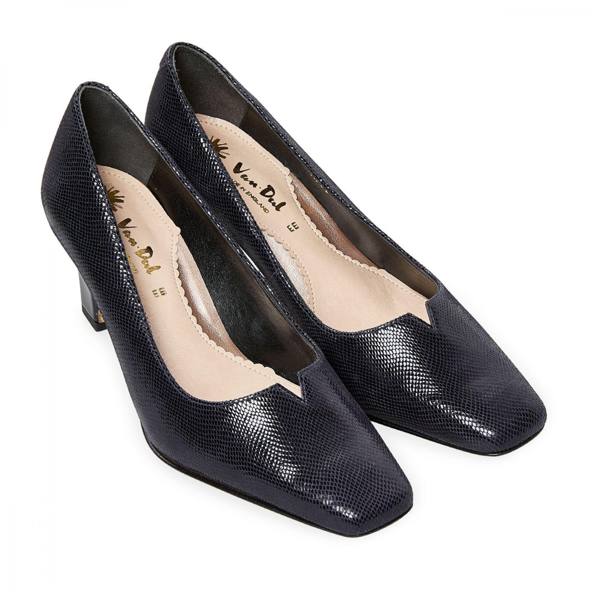 van dal kitten heel shoes