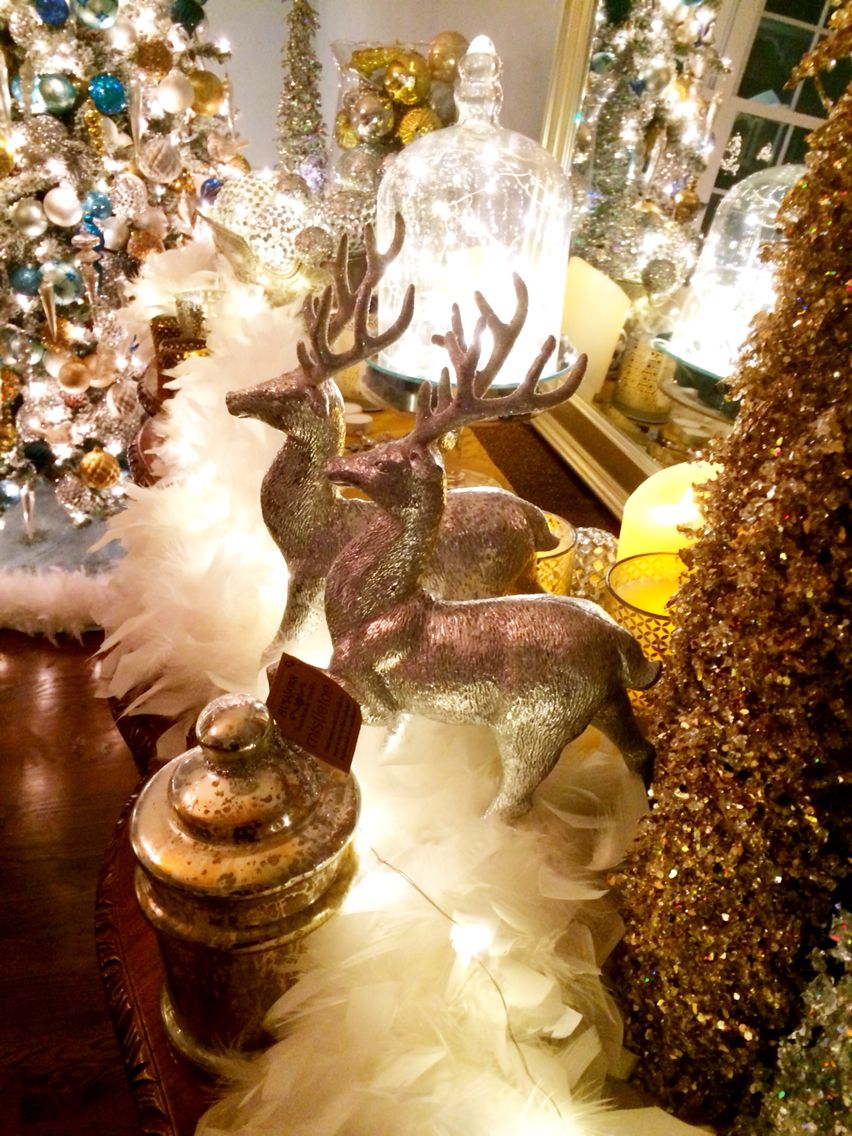 Love The Deer The Lights And The Boa Christmas Centerpieces Christmas Tree Decorations Valerie Parr Hill Christmas
