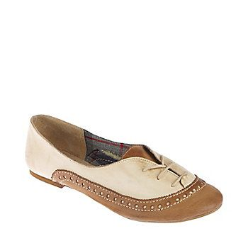 Love these oxford flats