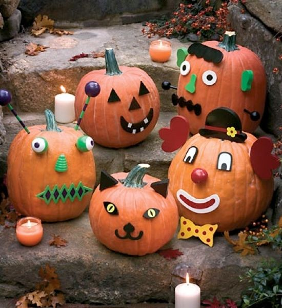 No Carve Halloween Pumpkins with Pumpkin Decorating Kits ~ Pumpkin  decorating kits make decorating Halloween pumpkins easy, fun and awesome!