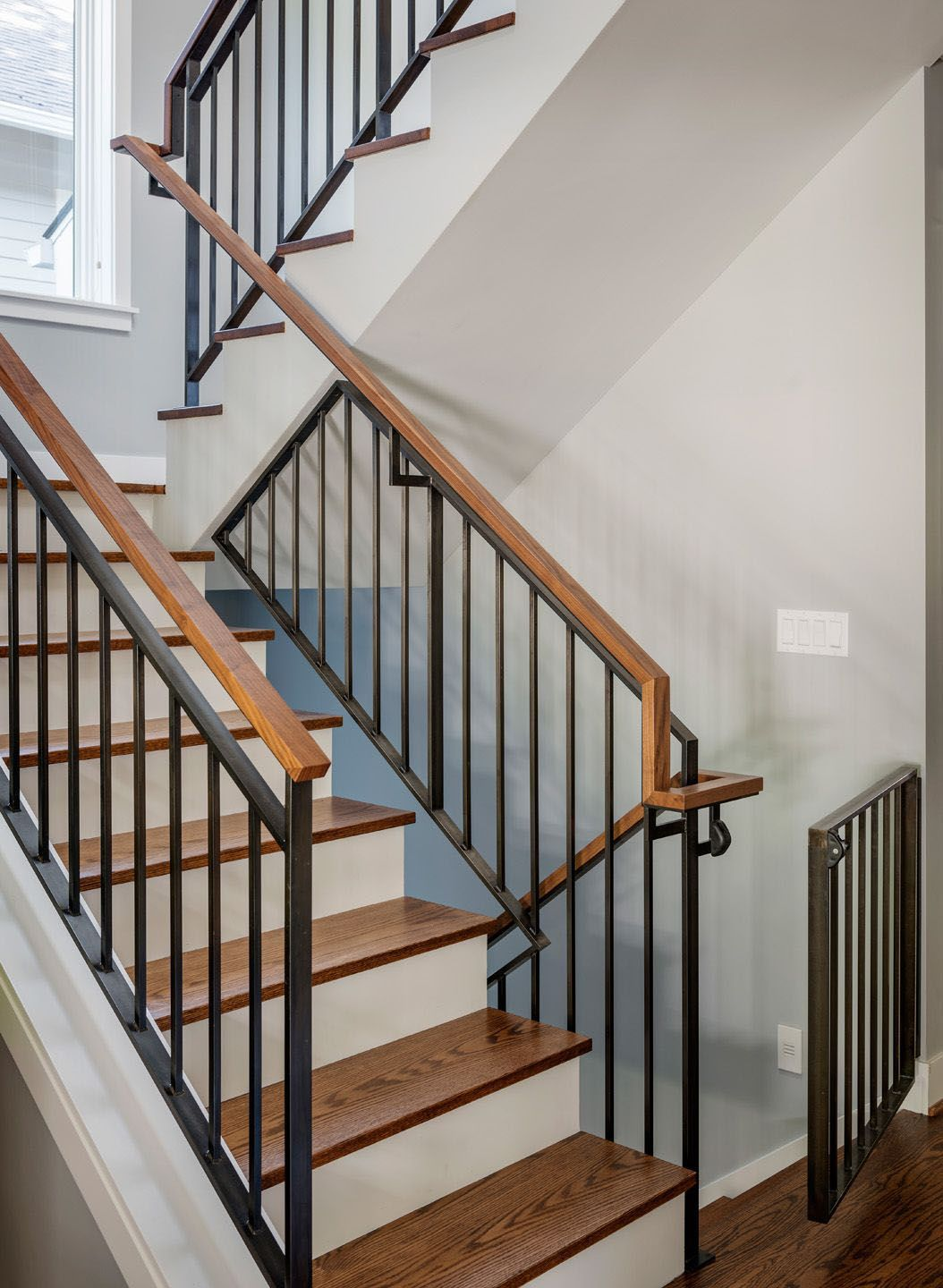 Best Pretty Temporary Stair Railing Ideas That Will Bl*W Your Mind Stair Railing 400 x 300