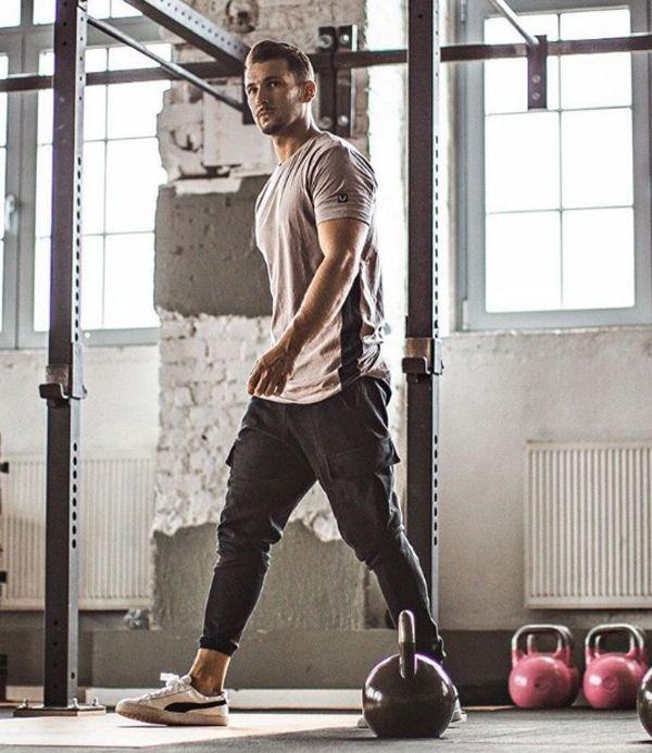 21 Sportliche Fitness-Outfit-Ideen, die alle Männer kennen müssen | Fashionlookstyle.com | Inspi ......