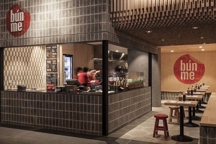 Bun Me Vietnamese Street Food Restaurant By Studiomkz Sydney Australia Street Food Design Vietnamese Street Food Japanese Restaurant Interior