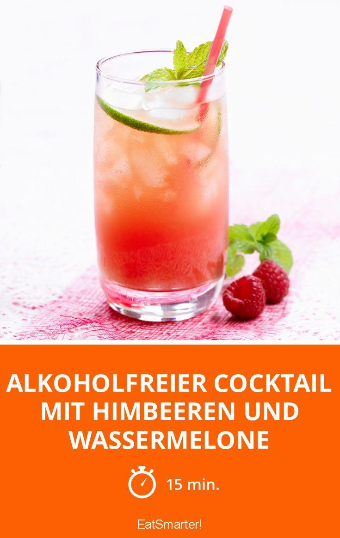 Alkoholfreier Cocktail mit Himbeeren und Wassermel