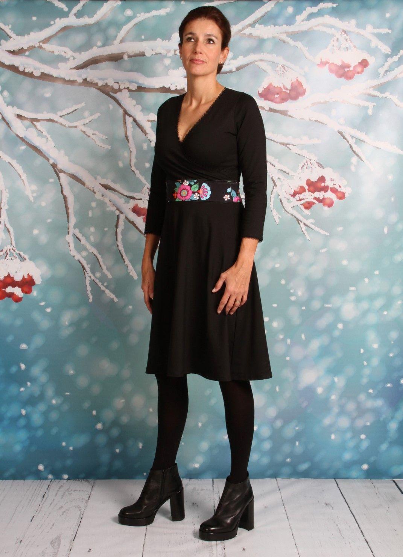 schwarzes jerseykleid in wickeloptik, jerseykleider