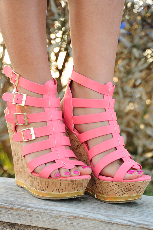 Tell The World Wedges Pink Shoes