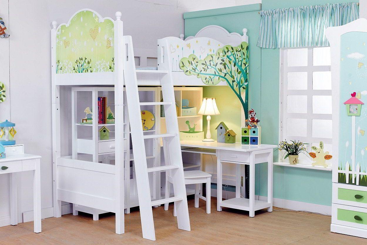 Kinderkamer met stapelbed en opvallende meubels kamer lieske en