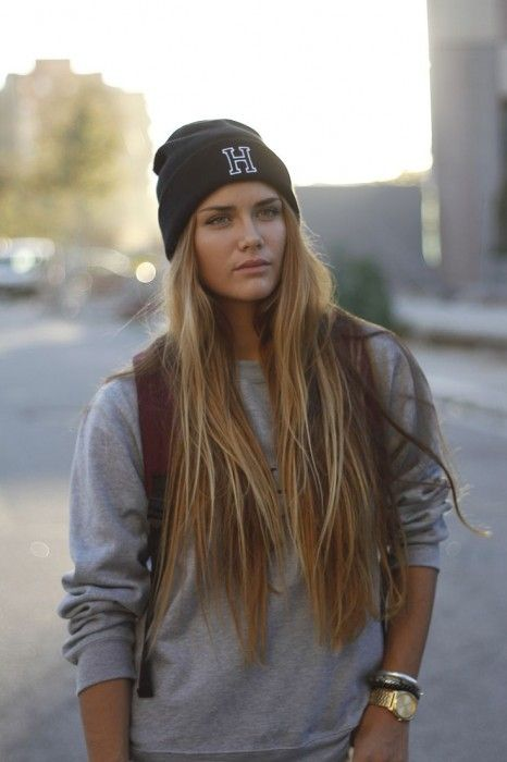 Cute Ways to Wear a Beanie in Winter | Fashion&Style ...