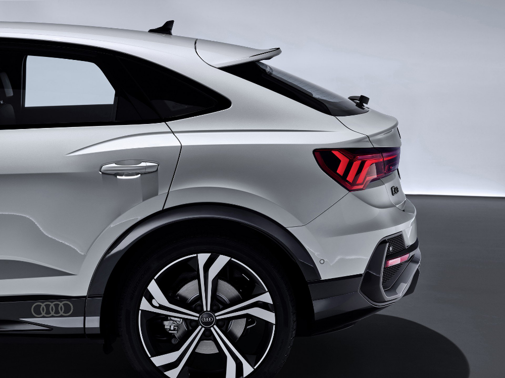 2020 Audi Q3 Sportback Shows There S No End To The Crossover Coupe Craze En 2020 Voiture