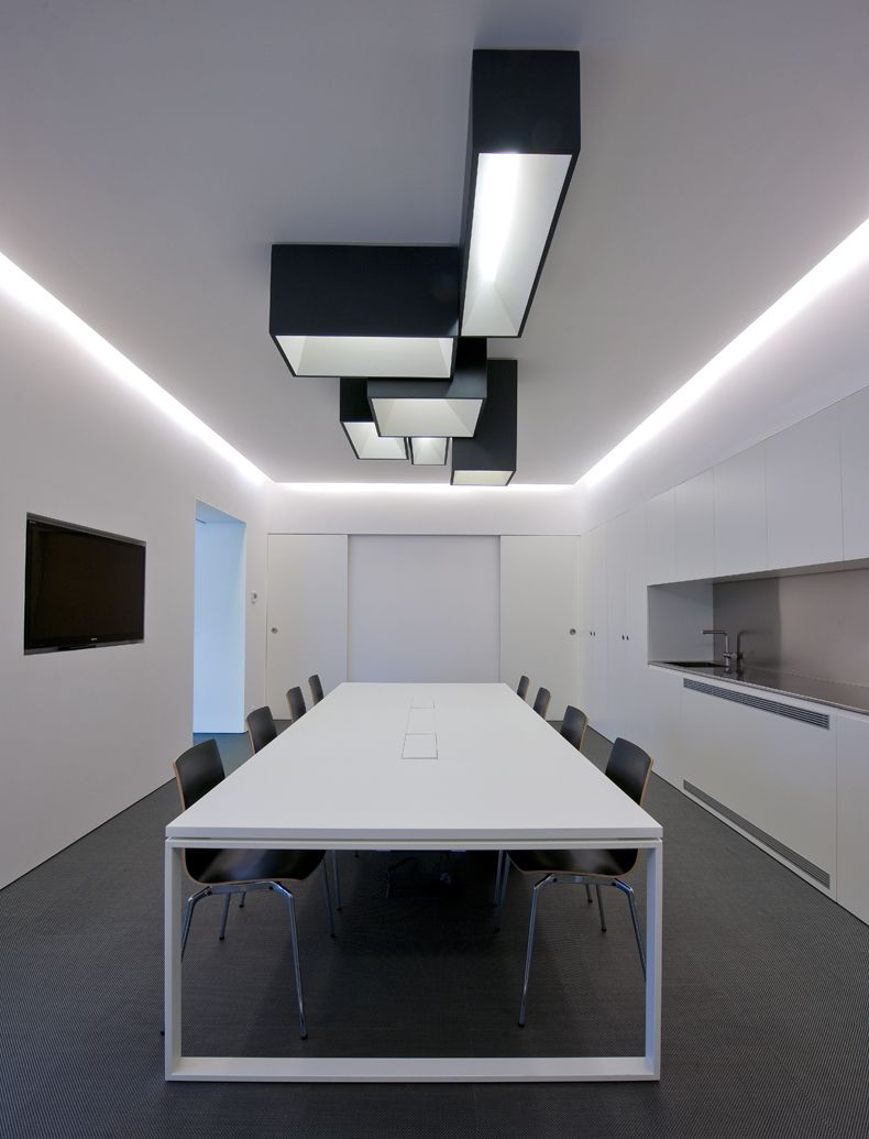 Conference Room Lighting Design: Link XXL Ceiling Lamp Designed By Ramón Esteve. Http://www