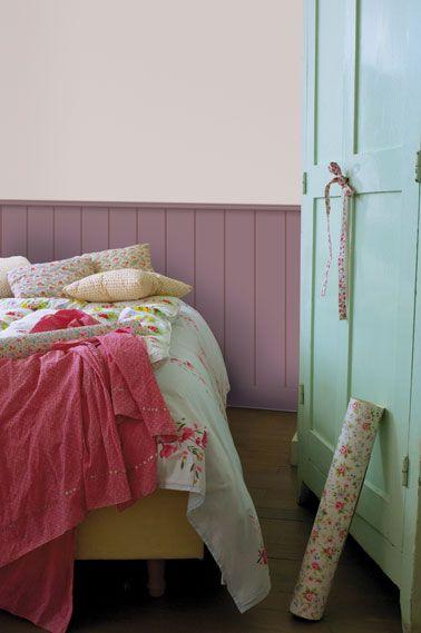 Chambre peinture boiserie vieux rose porte vert d\'eau V33 | Portes ...